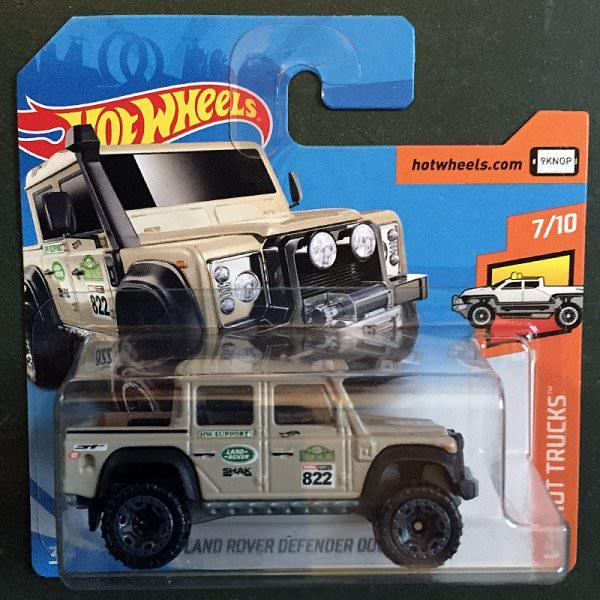 hot wheels | '15 land rover defender double cab beige | minimodelle24