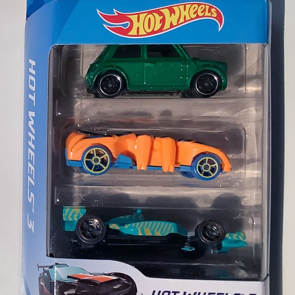 Hot Wheels | 3-Pack Morris Mini green metallic, Speed Spider orange & Indy 500 Oval turquoise