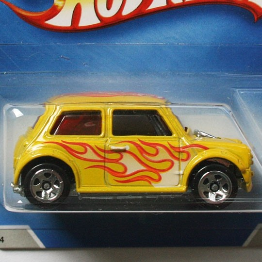 Hot Wheels | Morris Mini Heat Fleet gelb