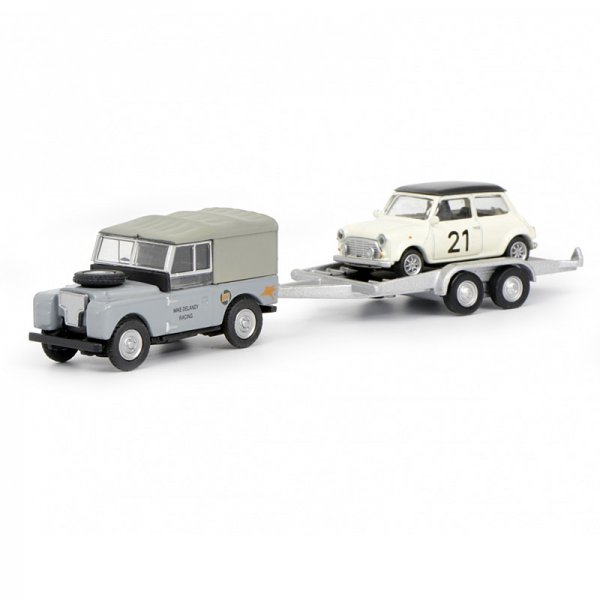 Schuco | Land Rover mit Mini Cooper auf Trailer