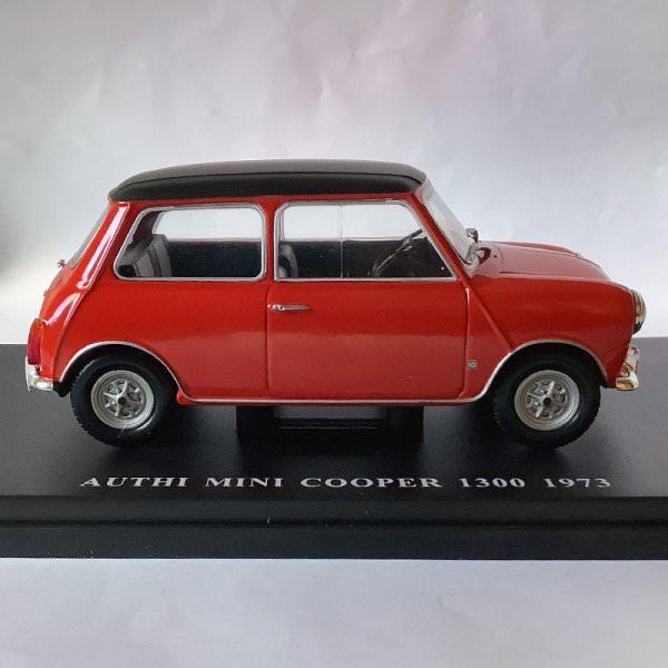 Salvat | Authi Mini Cooper 1300 1973 red