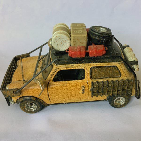 Polistil | No.582 Innocenti Mini Cooper Mato Grosso beige