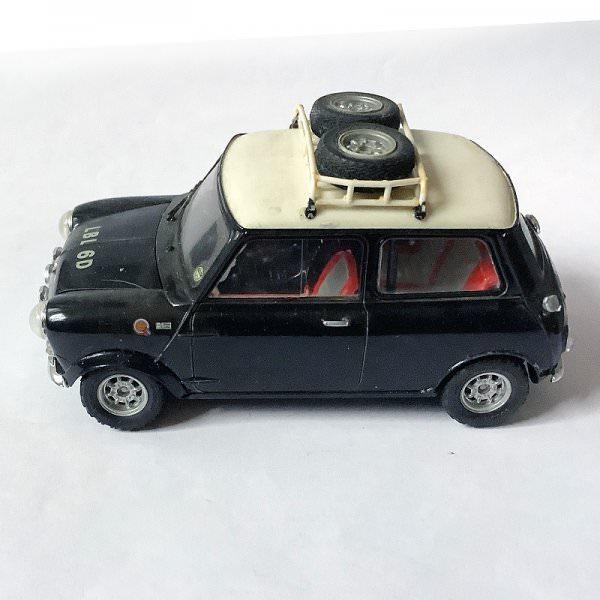 Tamiya | Morris Mini Cooper assembled modelkit