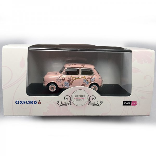 Oxford Diecast | Pink Marks & Spencer Mini