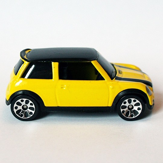 Matchbox | BMW Mini Cooper S gelb Hero City