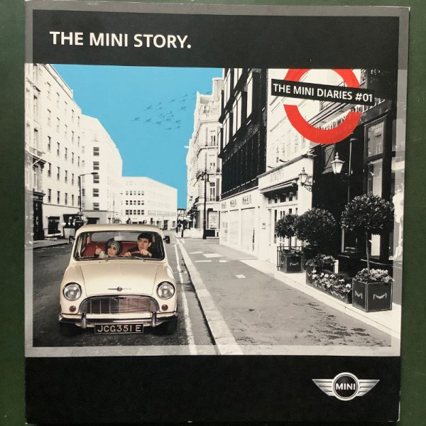 "Brochure / ringbook ""The Mini Story"""