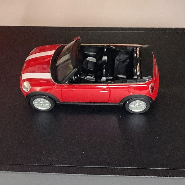 Herpa | MINI Cooper Cabrio R57 Chili Red