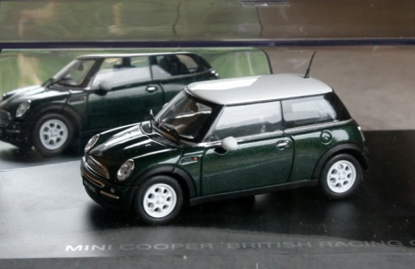 Revell | BMW Mini Cooper green