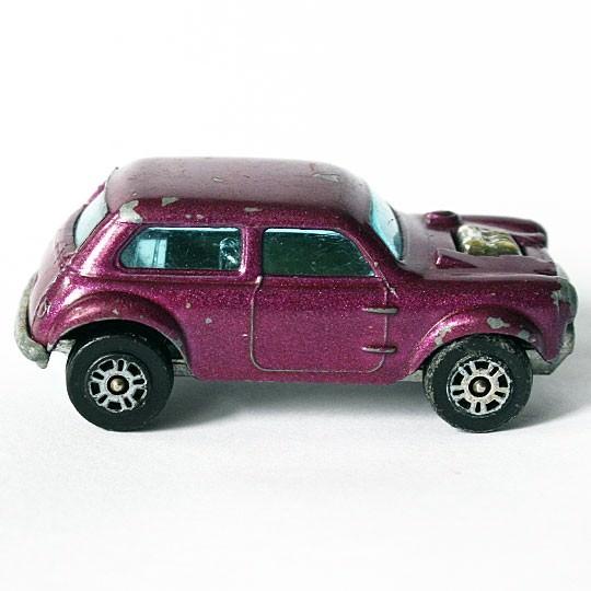 Corgi Juniors | B.V.R.T. Vita-Min Mini Cooper S 1300, 10 Speichen