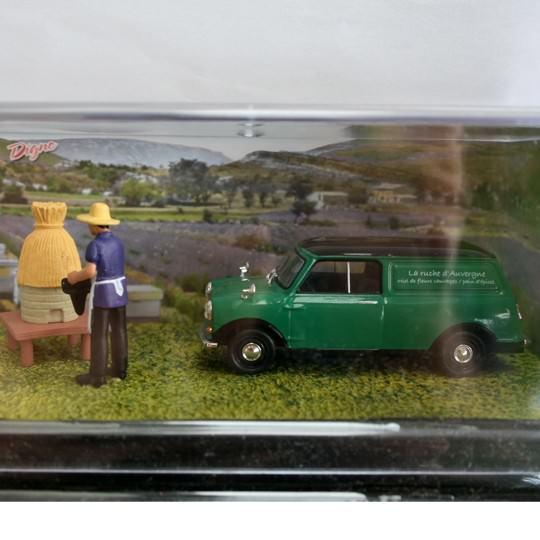 Altaya | Mini Van Beekeeper Diorama