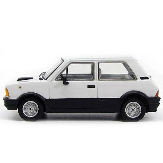 Kess | Innocenti Mini De Tomaso MK I weiß