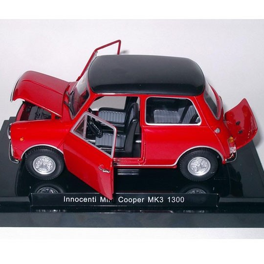 Fabbri Editori | Innocenti Mini Cooper MK3 1300 red